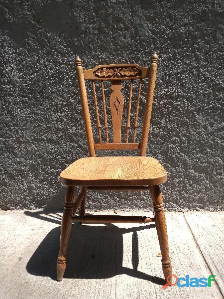 Tradicional silla de roble