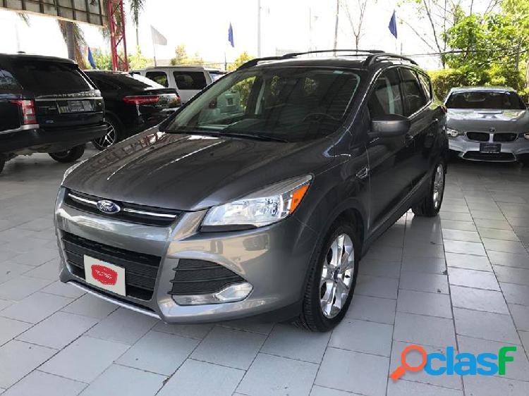 Ford escape se plus 2013