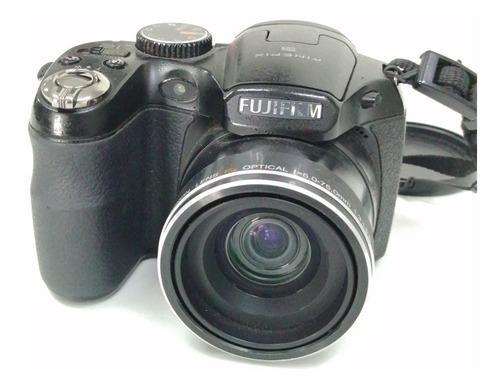 Cámara Digital Fujifilm Finepix S1600