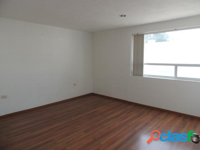 Casa sola residencial en renta en fraccionamiento residencial arboreto, san pedro cholula