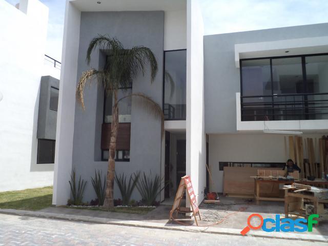 Casa sola residencial en venta en colonia nuevo león, cuautlancingo