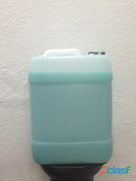 Shampoo para carroceria sin cera