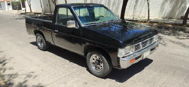 Nissan 1993 4 cilindros automática legalizada))