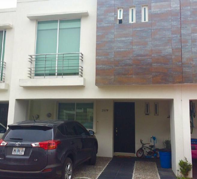 Casa amueblada en venta cerca del tec de monterrey zapopan