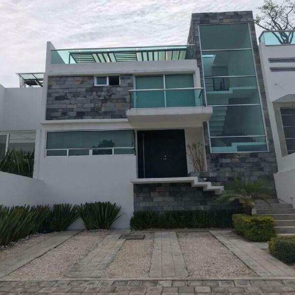 Casa amueblada en renta zona angelopolis, cerca del tec de