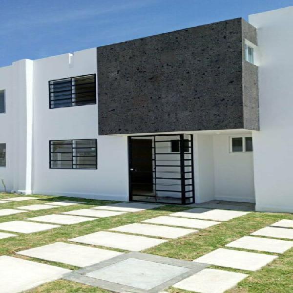 Casa nueva en renta amueblada 3 recamaras privada hacienda