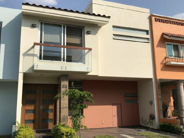 Casa en venta en residencial del pilar santa anita zona sur