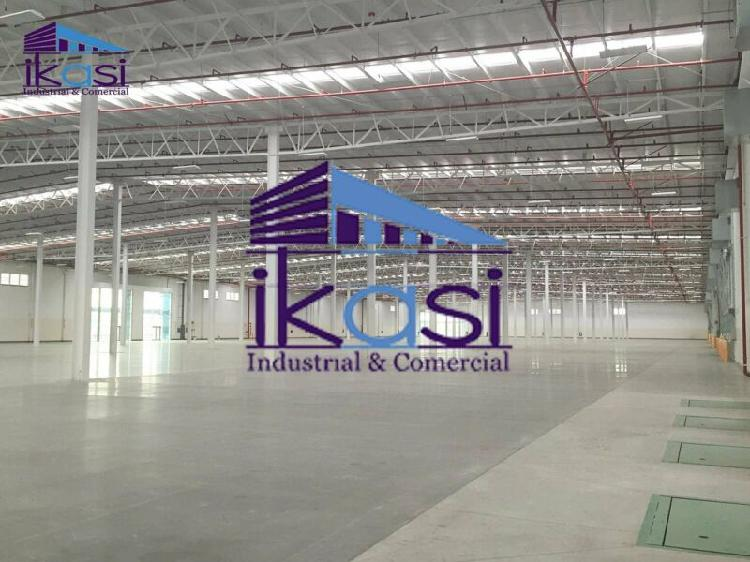 Nave industrial 14800 m2 para centro de distribución