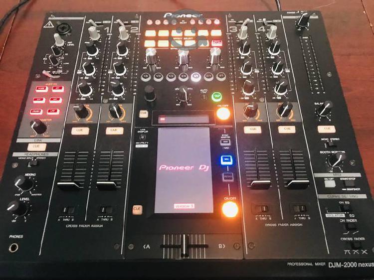 Pioneer dj mixer djm 2000 nexus