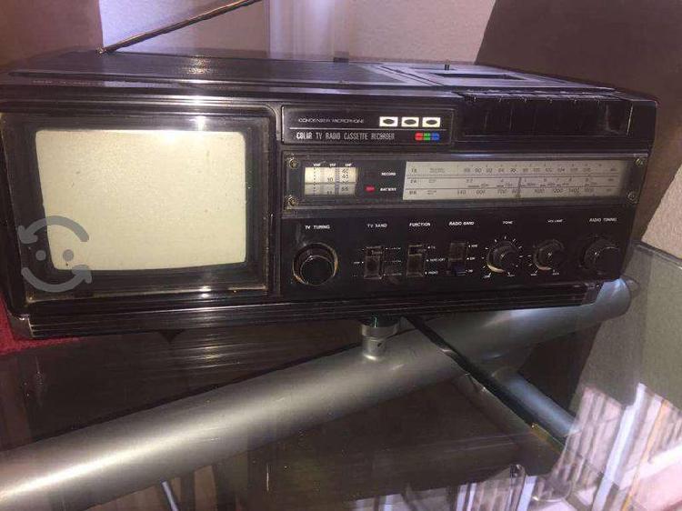 Radio grabadora tv color vintage ontake