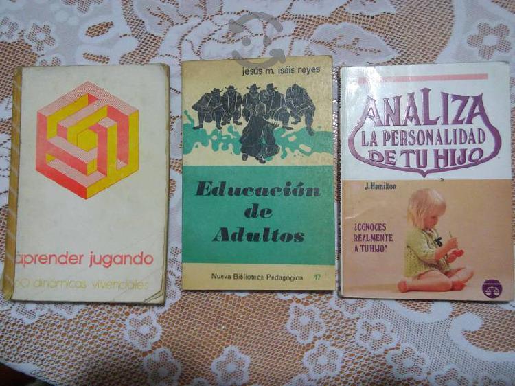 Tres libros didacticos