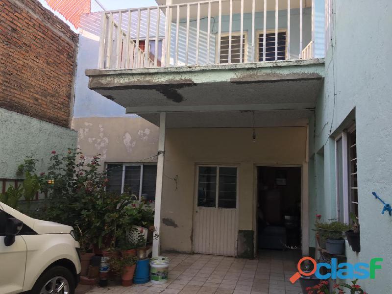 En venta casa col Lagos de Oriente 3 locales esquina 1