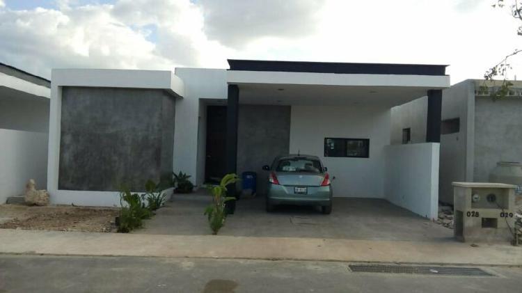 Casa en preventa en la privada zendera de un piso