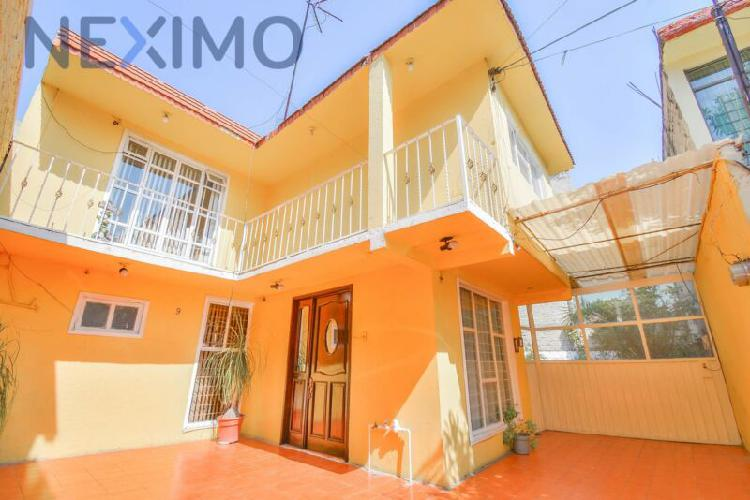 En venta excelente casa en jacarandas; tlalnepantla edo de