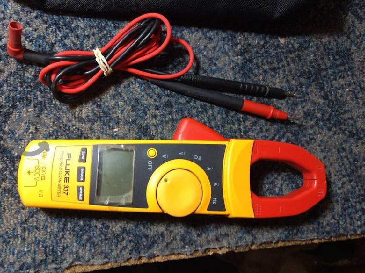 Fluke 337 amperimetro de gancho
