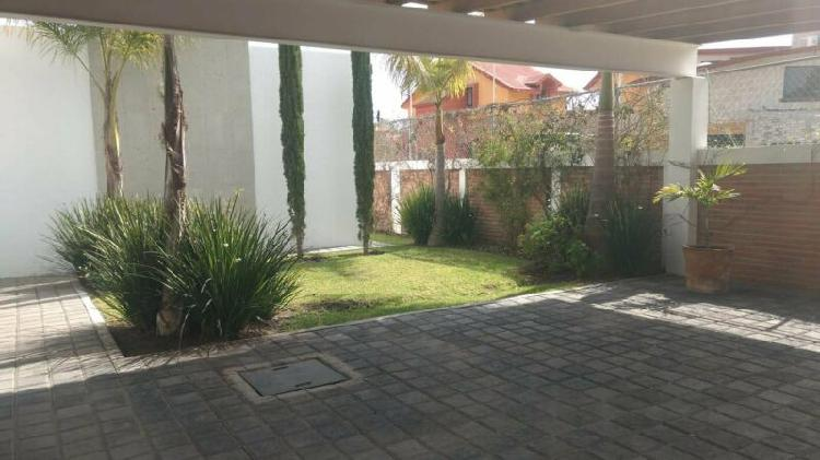 Juriquilla casa en renta de un nivel amplia 3 recamaras
