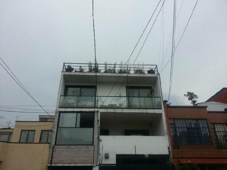 Oportunidad¡ edificio con casa, 4 departamentos y 2 suites
