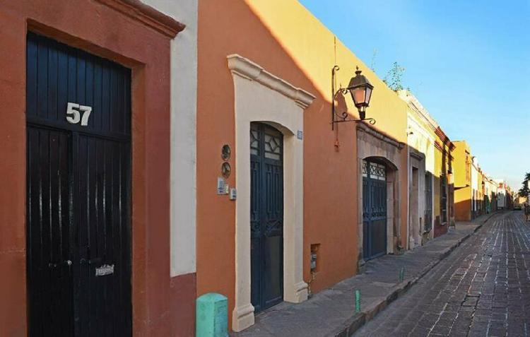 Renta casa nueva en el centro histórico de querétaro