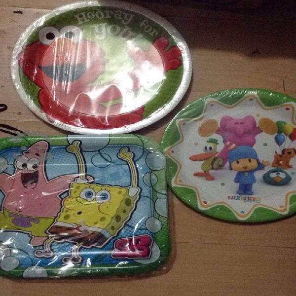 Sets platos personajes de licencia nuevos