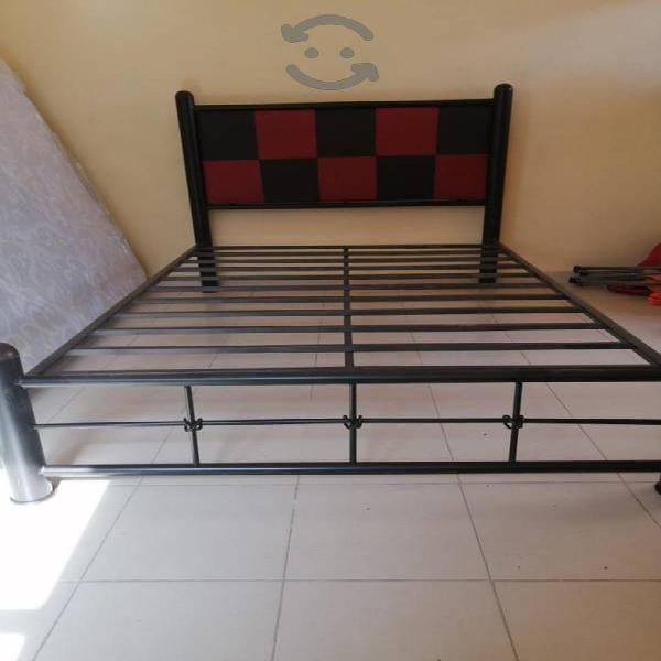 Base cama tapizada con ortopedico y envío gratis