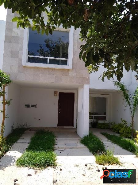 Casa en venta tres recamaras plaza san diego