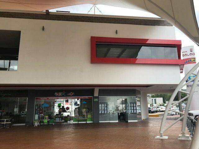 Local en renta, col. cimatario // clr181114b-lr