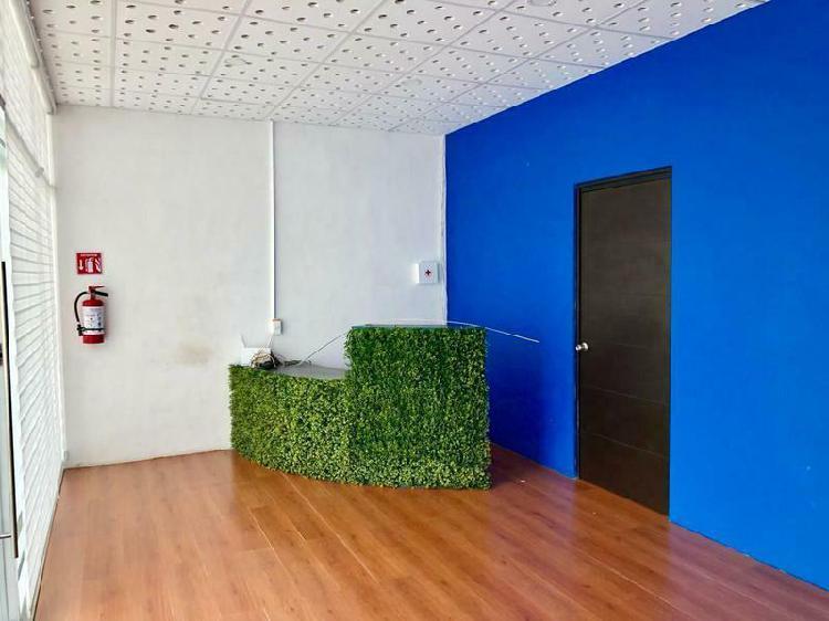 Local /oficina en renta en plaza comercial en puerto cancun