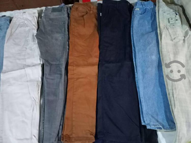 Pantalones y playeras de niño v/c