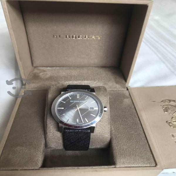 Reloj original burberry movimiento isa no chino