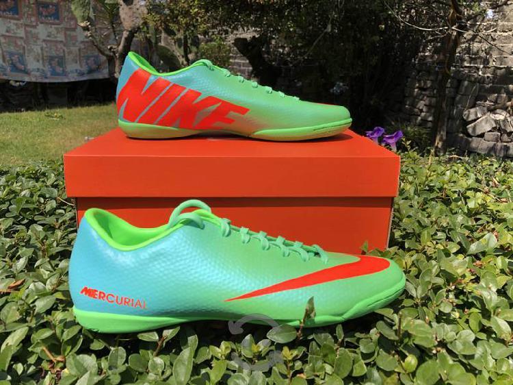 Tenis nike mercurial verde para fútbol rápido