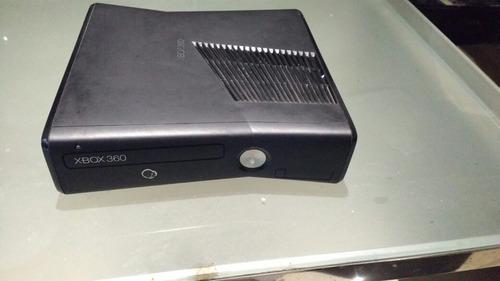 Xbox 360 con 10 juegos y kinect
