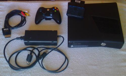 Xbox 360 slim con modificación para grabar juegos en dduro