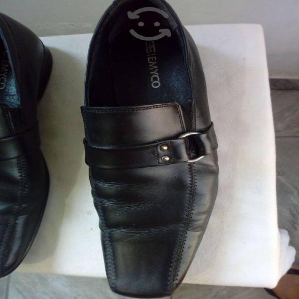 Zapato negro hombre - gran emyco t8