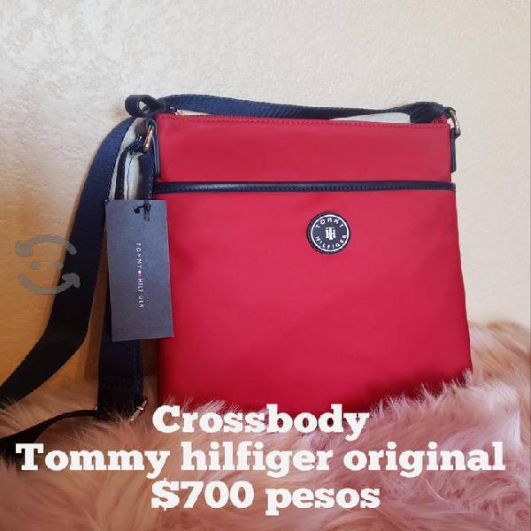 Crossbody tommy hilfiger, nuevo y original