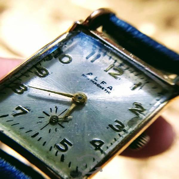 Reloj alfa suizo de los años 40's