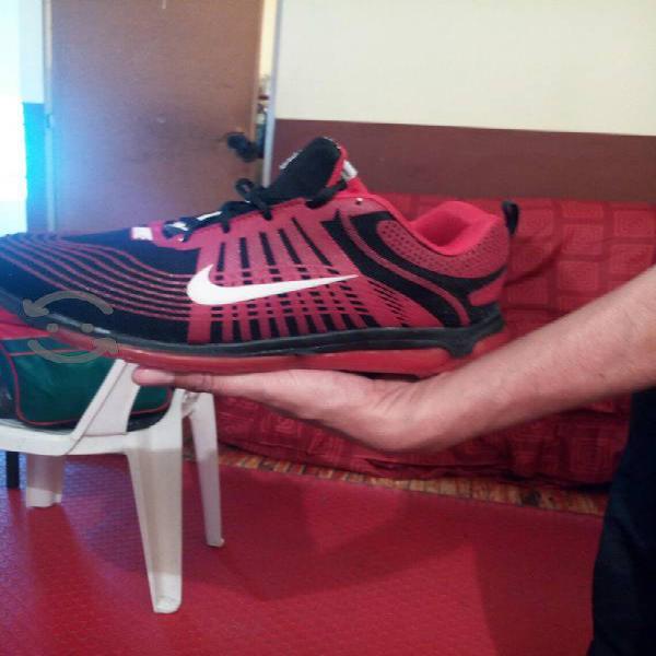 Tenis y zapatos para hombre desde $100, medio uso