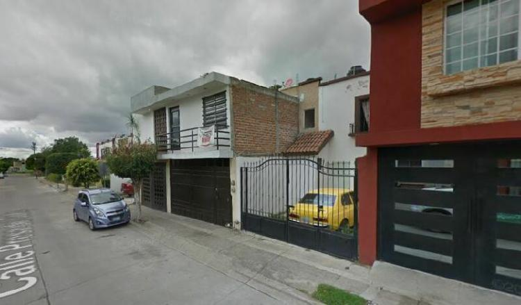 Casa en venta en guanajuato*