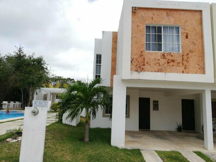 Casa en renta en playa del carmen fraccionamiento selvanova