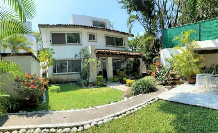 Sumiya hermosa casa en privada