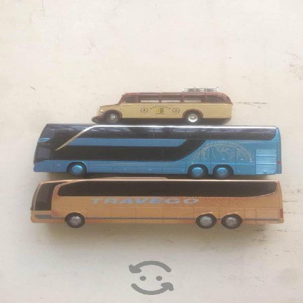 Autobuses escala mercedes benz