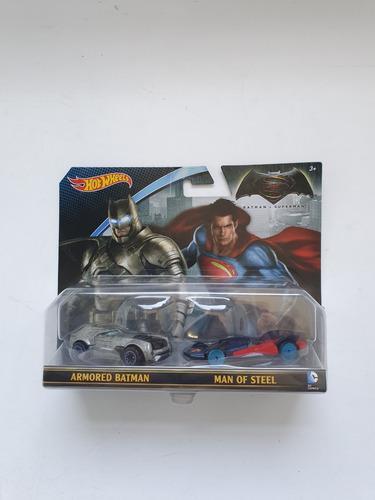 Hot wheels edicion coleccion batman v superman 100% original