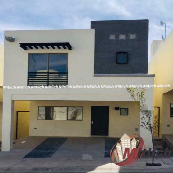 Casa en renta fraccionamiento monticello $14,000
