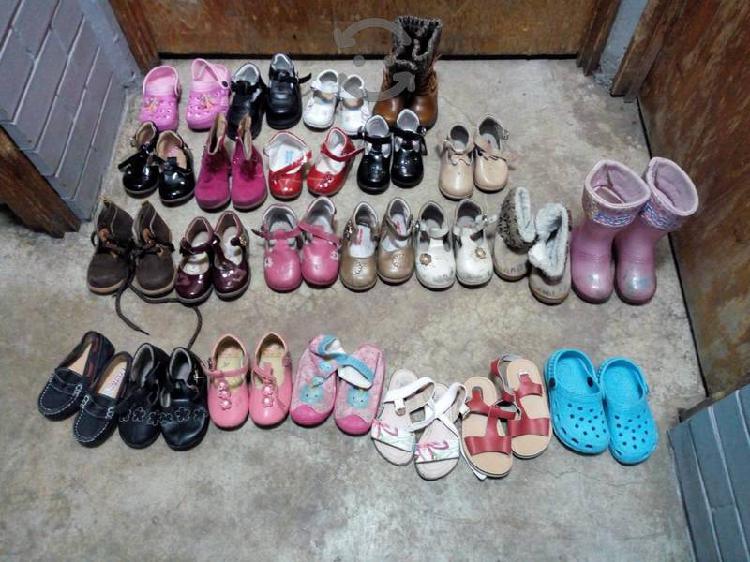 Lote de zapatos para niña precio a tratar