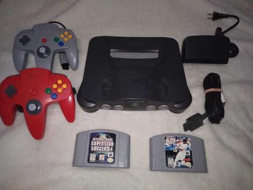 Nintendo 64 con controles