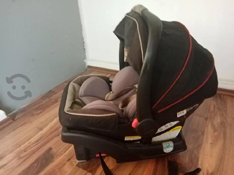 Porta bebe p carro con base