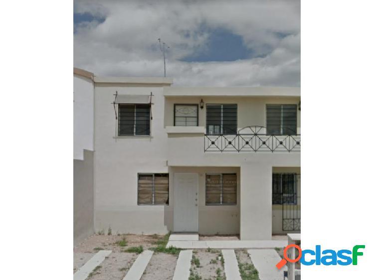 01448 se vende departamento en villa del vergel.