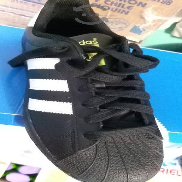 Adidas súper star