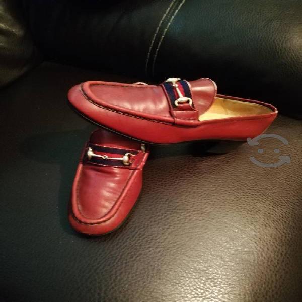 Bonitos zapatos gucci originales