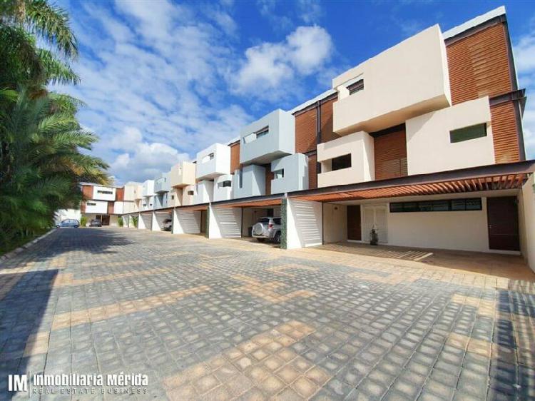 Casa equipada en renta en la privada ariles