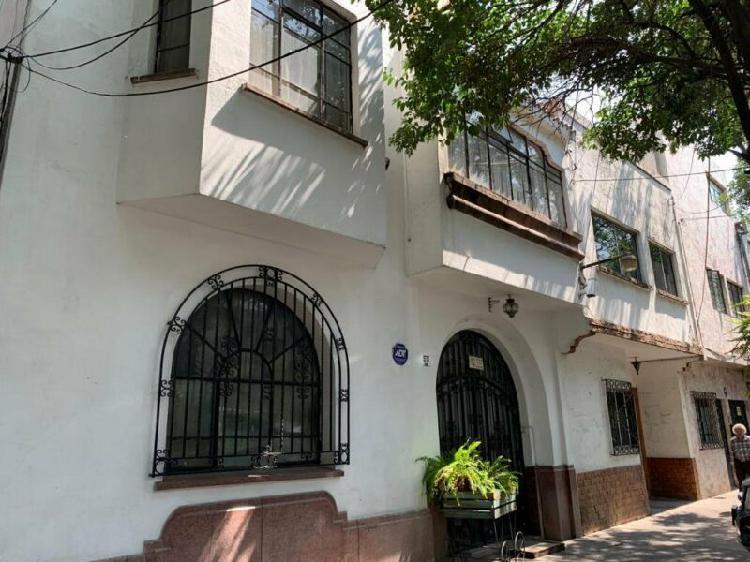 Casa con uso de suelo en venta colonia roma sur